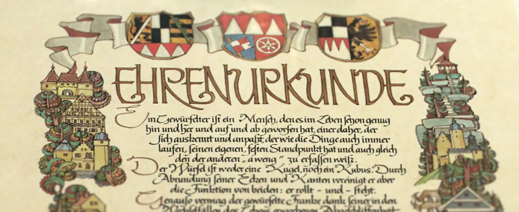 Bildausschnitt der Frankenwürfel-Urkunde